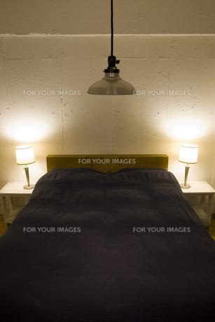 ベッドルームの写真素材 [FYI00313830]
