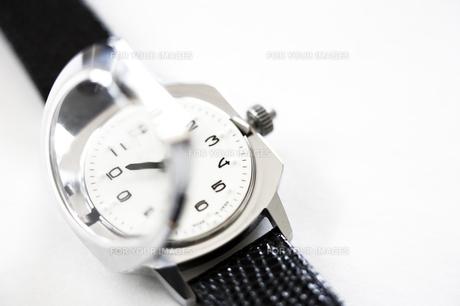 視覚障害者用腕時計の写真素材 [FYI00313851]