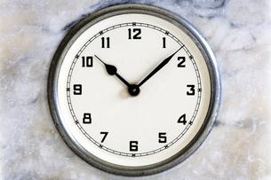 アンティーク置き時計の写真素材 [FYI00313860]