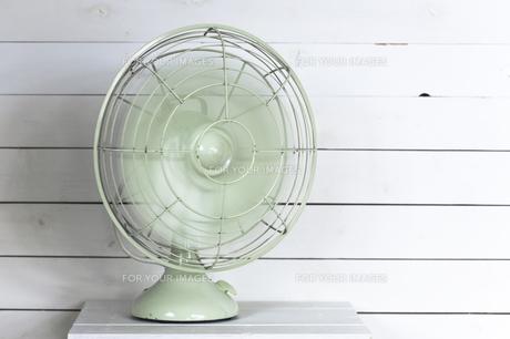 レトロな扇風機の写真素材 [FYI00313863]
