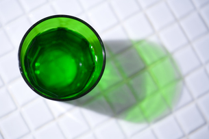 一杯の水の素材 [FYI00314302]
