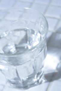 一杯の水の素材 [FYI00314307]