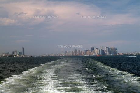 マンハッタン島を臨むの写真素材 [FYI00315361]