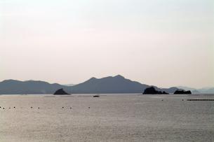 瀬戸内海の小島の写真素材 [FYI00315474]