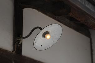 レトロなブラケット照明の写真素材 [FYI00315479]