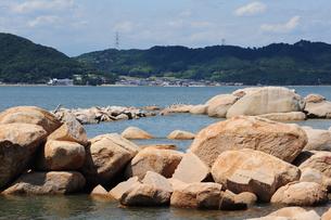 犬島の御影石海岸の写真素材 [FYI00315743]