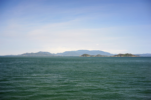 高松沖から小豆島を臨むの写真素材 [FYI00315782]