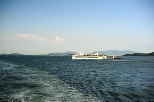 高松港から瀬戸内海を臨む2の写真素材 [FYI00315790]