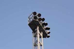 パーキングの照明塔の写真素材 [FYI00315883]