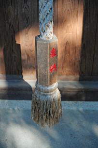 神社の鈴綱の写真素材 [FYI00315922]