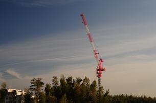 丘の上のクレーン2の写真素材 [FYI00315945]