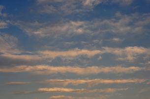 冬の筋雲-2の写真素材 [FYI00315991]