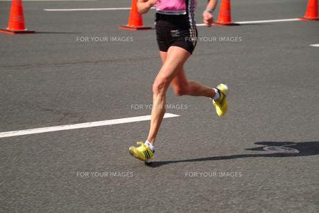 マラソンランナー3の写真素材 [FYI00316140]