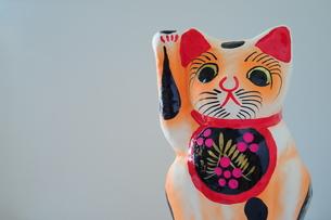 張子の招き猫-3の素材 [FYI00316170]