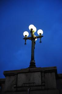 難波橋の街灯の写真素材 [FYI00316191]