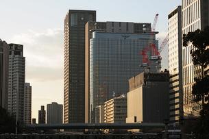 中之島のオフィス街の写真素材 [FYI00316202]