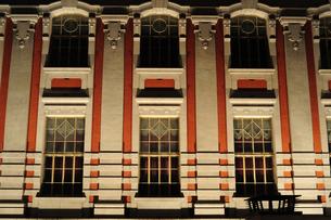 大阪市中央公会堂ライトアップ-9の写真素材 [FYI00316215]