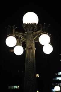 大阪市中央公会堂の外灯-3の写真素材 [FYI00316225]