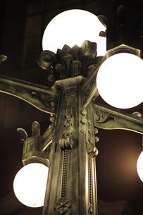大阪市中央公会堂の外灯-4の写真素材 [FYI00316238]