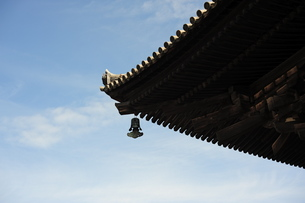 寺の風鐸の写真素材 [FYI00316251]