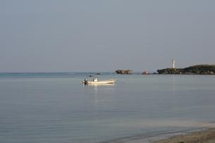 備瀬の小舟-1の写真素材 [FYI00316363]