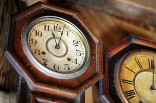 古い掛け時計の写真素材 [FYI00316688]