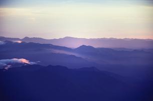 富士山から見た山並みの写真素材 [FYI00316961]