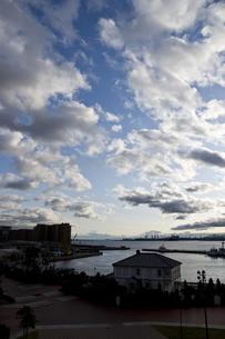 青空と雲の写真素材 [FYI00317470]