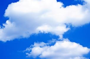 存在感のある大きな雲の写真素材 [FYI00318277]