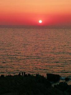 茜色の海の写真素材 [FYI00318875]
