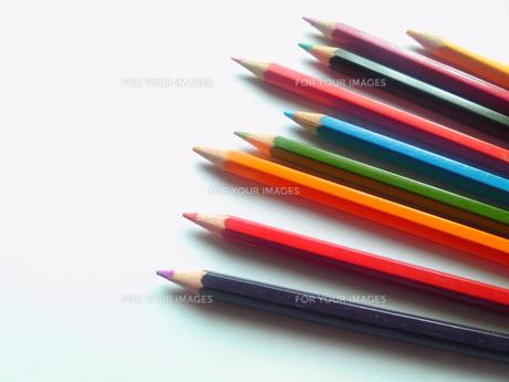 色鉛筆9色の写真素材 [FYI00319649]