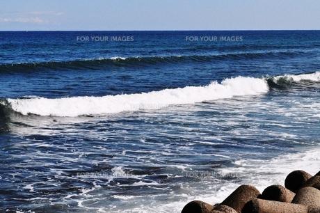秋の日本海の写真素材 [FYI00321359]