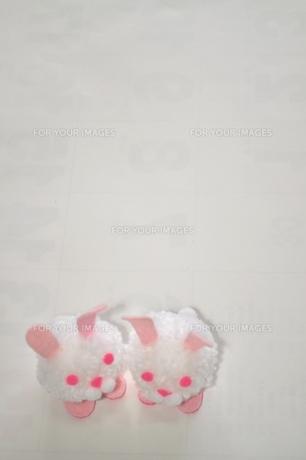 毛糸で作ったウサギの写真素材 [FYI00321365]