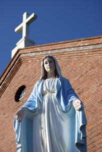 黒崎教会のマリア像の写真素材 [FYI00321466]