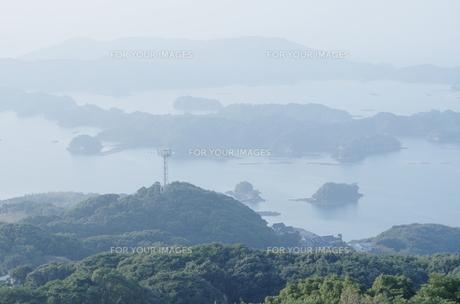 長崎県佐世保市九十九島の眺めの写真素材 [FYI00321478]