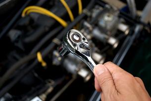 車の整備の写真素材 [FYI00321499]