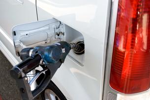 ガソリン 給油の写真素材 [FYI00321513]