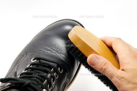 ブーツとブラシの写真素材 [FYI00321531]