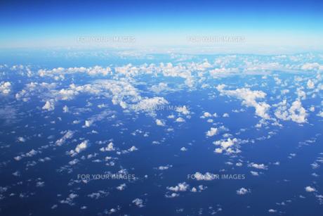 太平洋上空の素材 [FYI00321788]