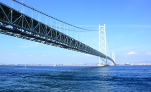 明石海峡大橋の写真素材 [FYI00321963]