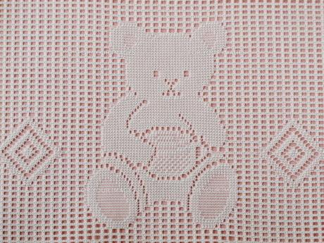 クマの模様のレース編み(ピンク)の素材 [FYI00322687]