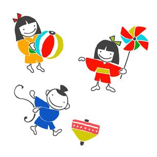 コマ、風車、紙風船と男の子と女の子の写真素材 [FYI00322889]