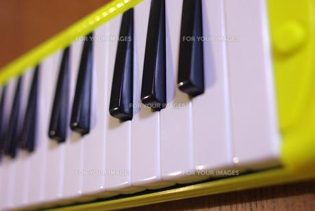 鍵盤ハーモニカの素材 [FYI00323568]