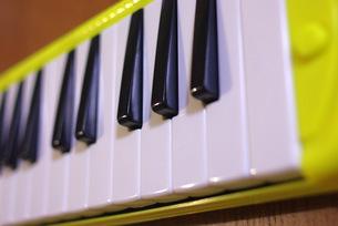 鍵盤ハーモニカの写真素材 [FYI00323568]