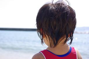 海の女の子の写真素材 [FYI00323587]