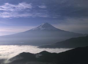 富士山と雲海の写真素材 [FYI00323676]