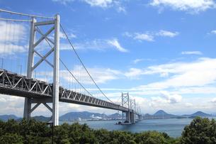 青空と瀬戸大橋の写真素材 [FYI00325134]