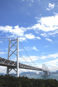 瀬戸大橋と青空の素材 [FYI00325145]