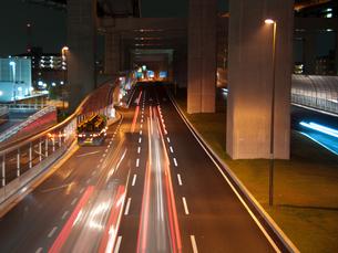 第二京阪道路 車の軌跡の写真素材 [FYI00325405]