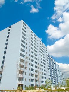 新築の集合住宅の写真素材 [FYI00325439]